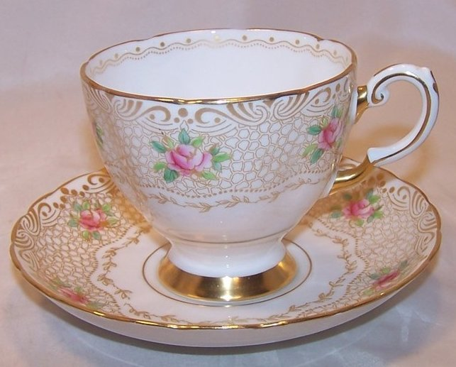 Tuscan Gold Lace and Roses Teacup, Saucer, England