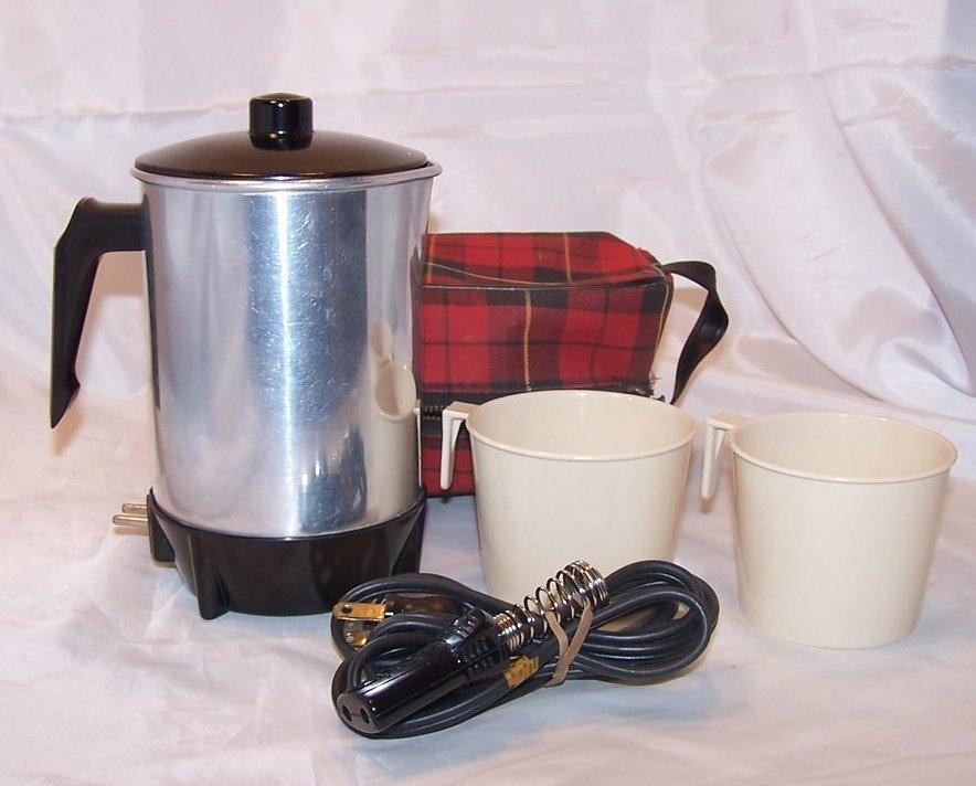 Hot Pot w Cups, Plaid Case, Keefe Mfg Co, Vintage