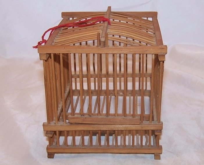 Bamboo Cricket Cage W Feeding Plate Vintage