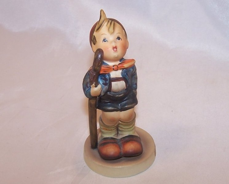 Hummel Little Hiker Figurine, Goebel, 16 2/0 67