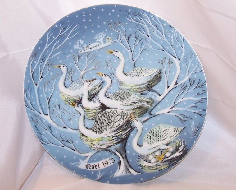Christmas Haviland Limoges Six Geese A Laying Plate, 1975