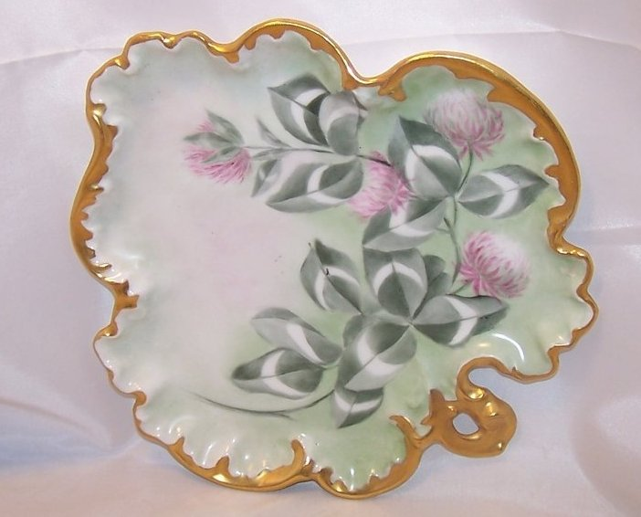 Purple Clover Scalloped Serving Dish w Gold Edge, MJ