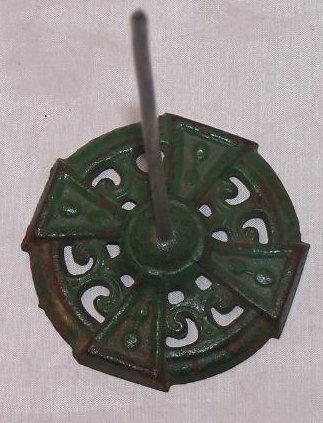 Image 0 of Bill, Note, Receipt Spike on Green Cast Iron Base, Antique