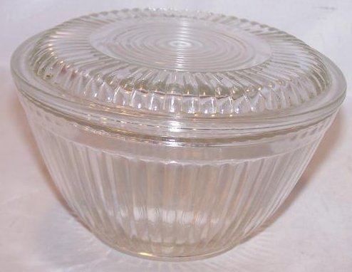 Glass Refrigerator Dish w Lid, Round Clear w Ridged Pattern