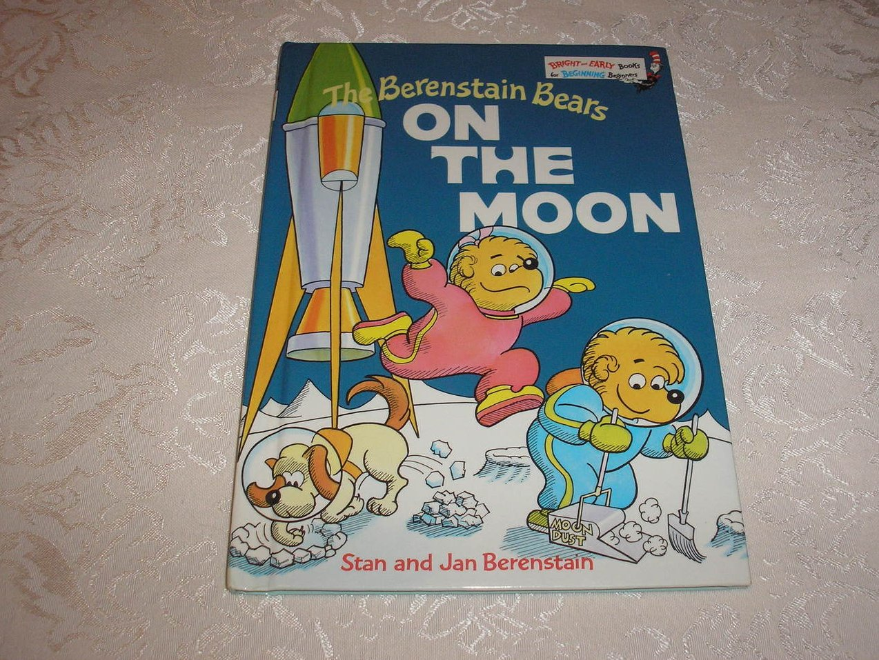 The Berenstain Bears On The Moon very good hc