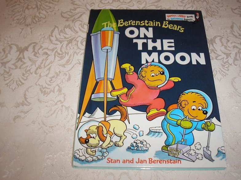 The Berenstain Bears On The Moon Bright and Early like new hc