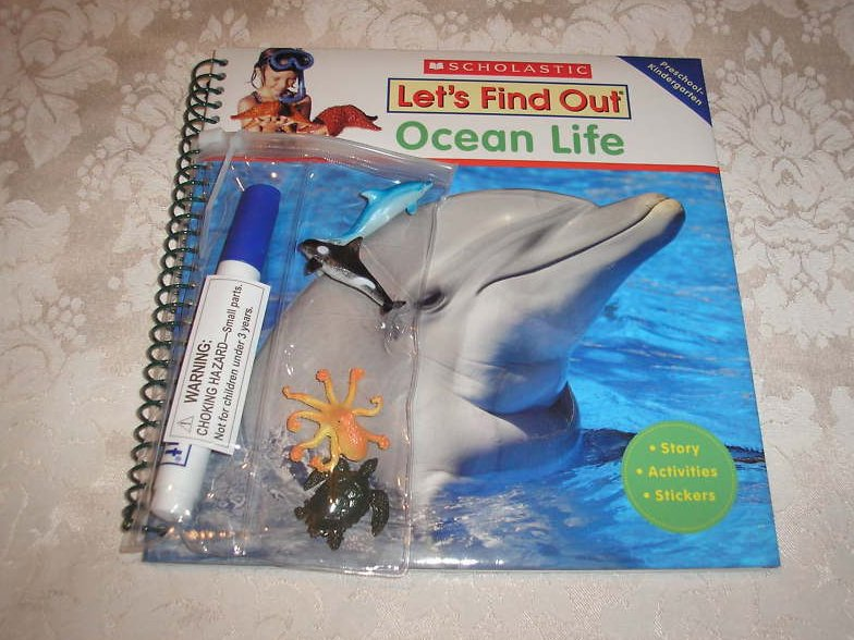 Let's Find Out Ocean Life new hc with stickers and activities