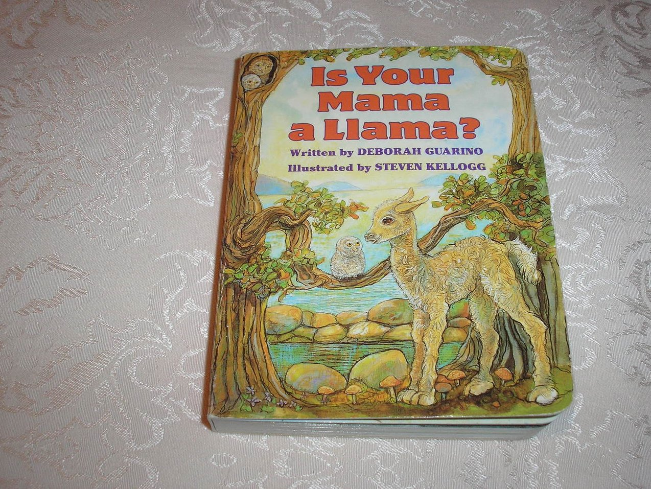 Is Your Mama a Llama? Deborah Guarino Steven Kellogg good board book
