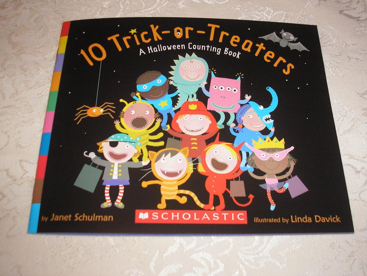 10 Trick or Treaters A Halloween Counting Book brand new sc