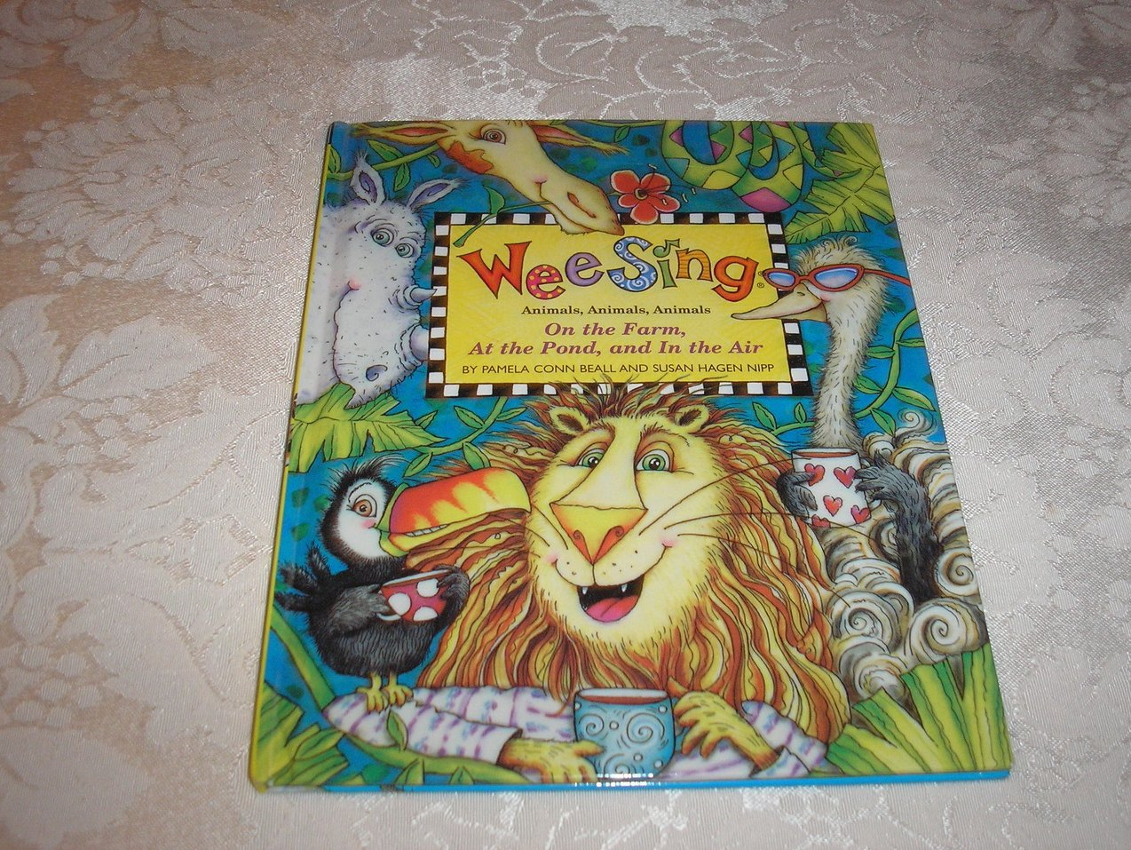 Wee Sing Animals At the Pond, On the Farm, and In the Air book 7 very good hc