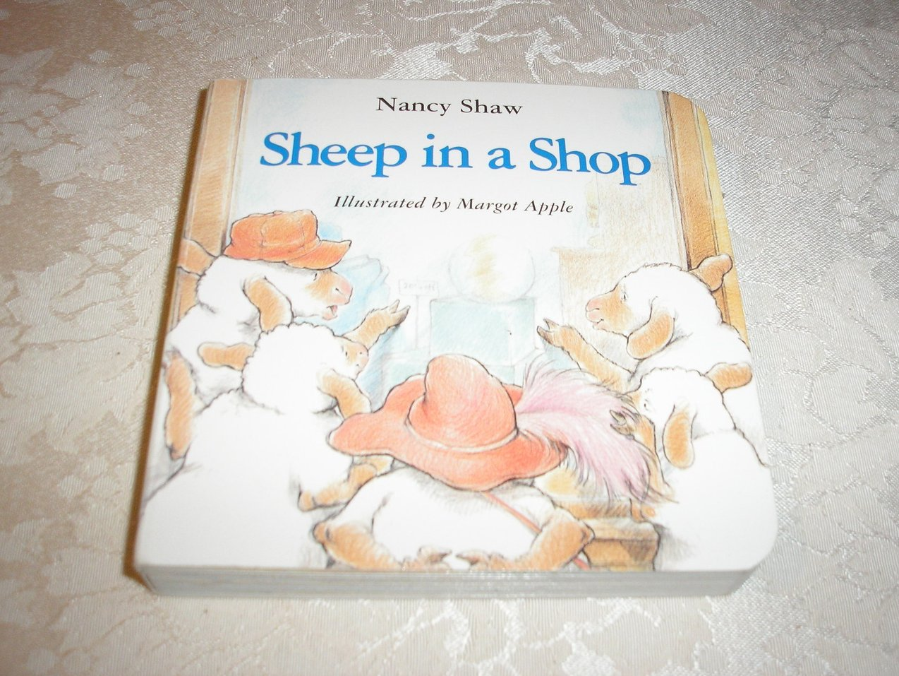 Sheep in a Shop Nancy Shaw very good board book