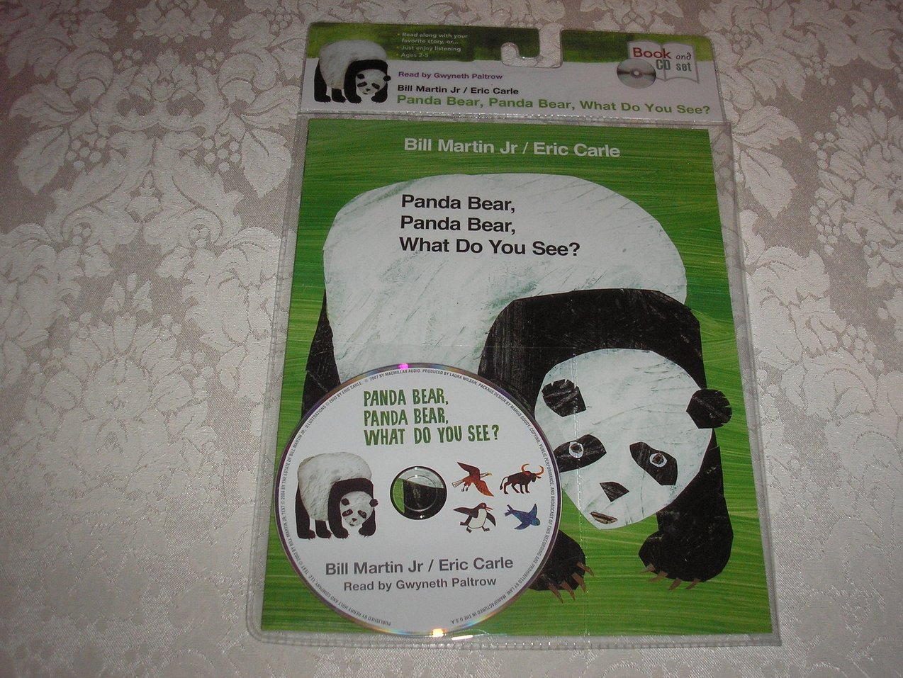 Panda Bear, Panda Bear, What Do You See? new sc with Audio CD Eric Carle