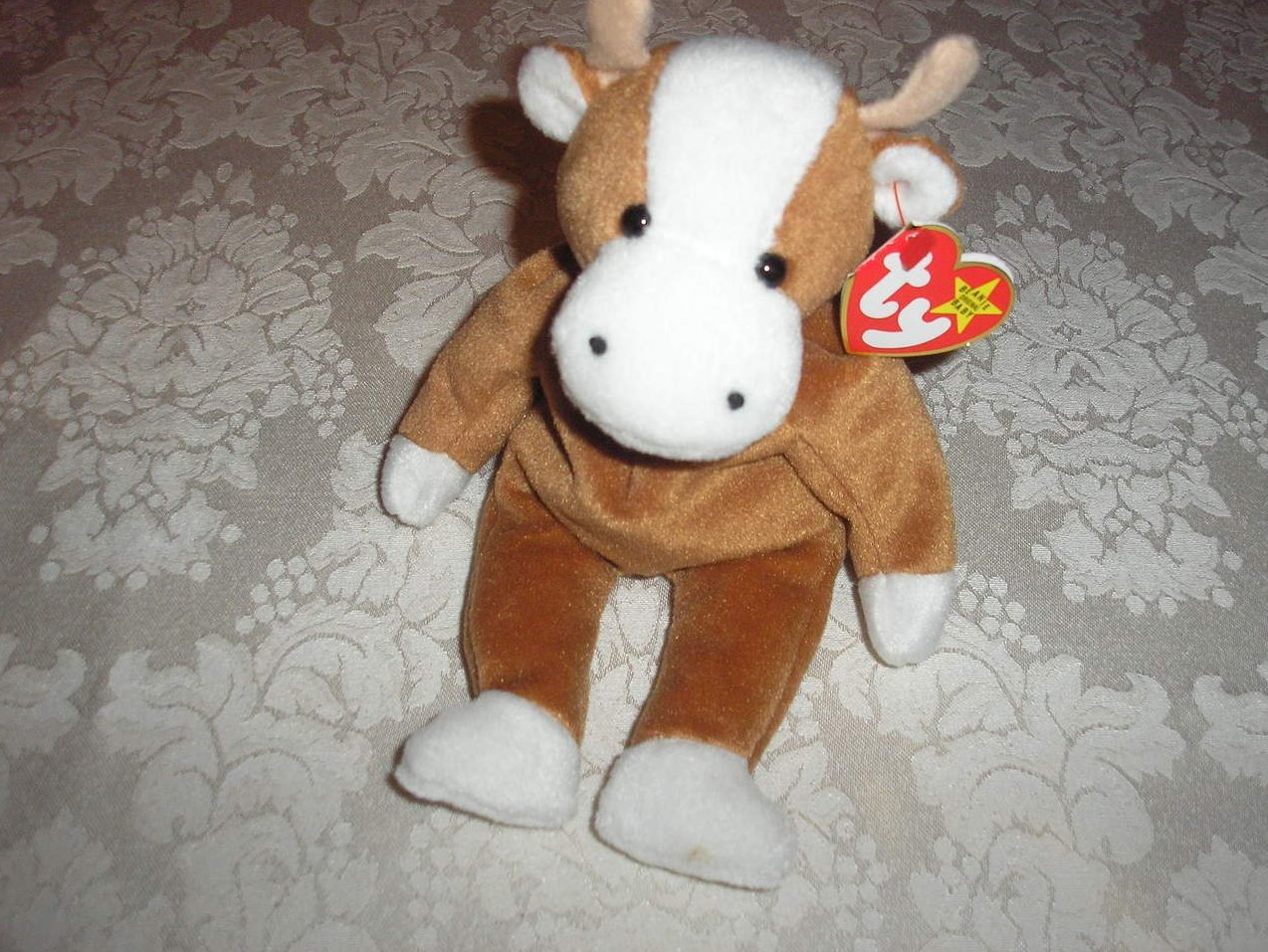 Ty Original Beanie Baby Bessie Cow June 27, 1995