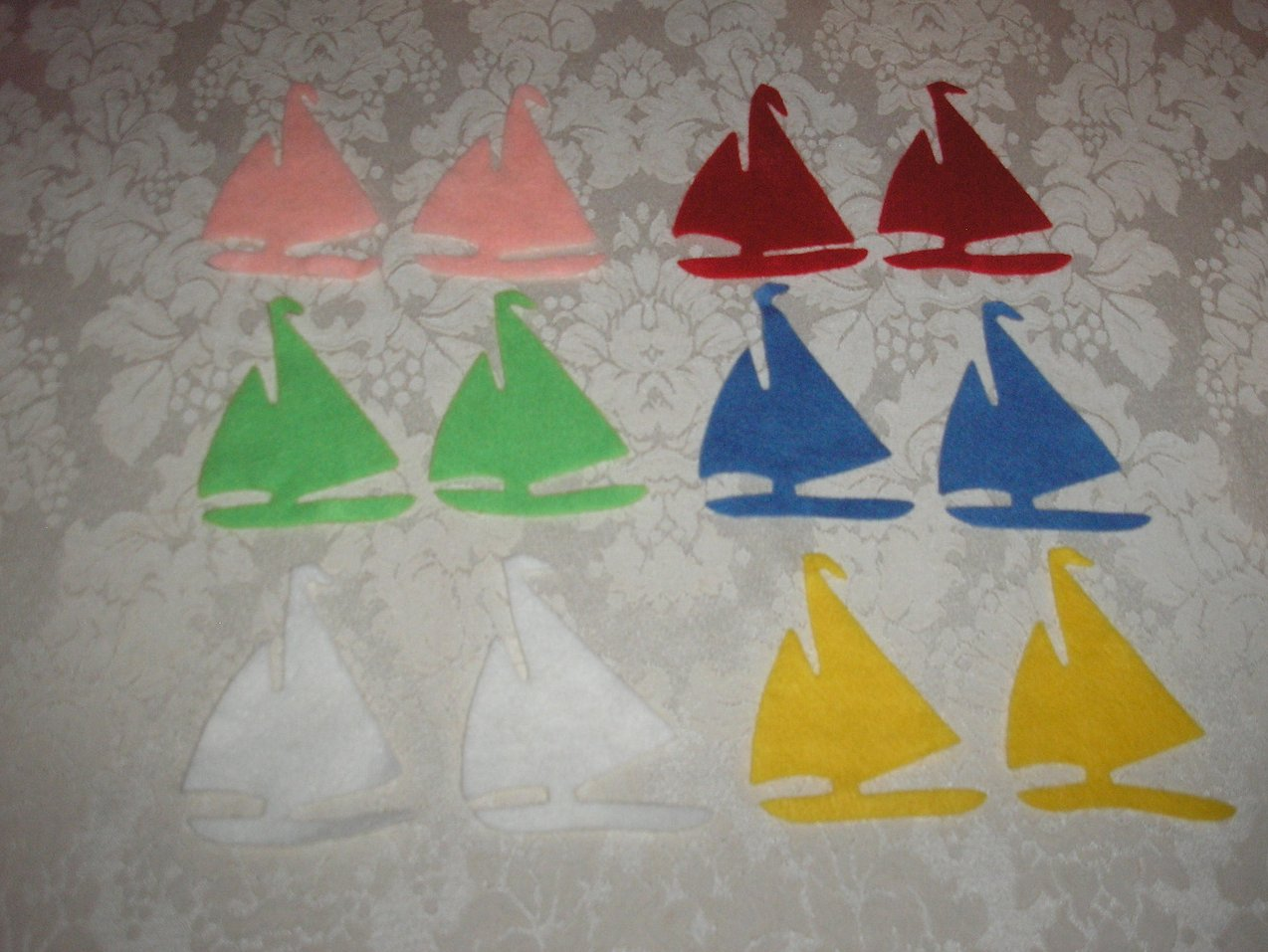 Twelve Sailboats Felt Pieces Felt Board Set