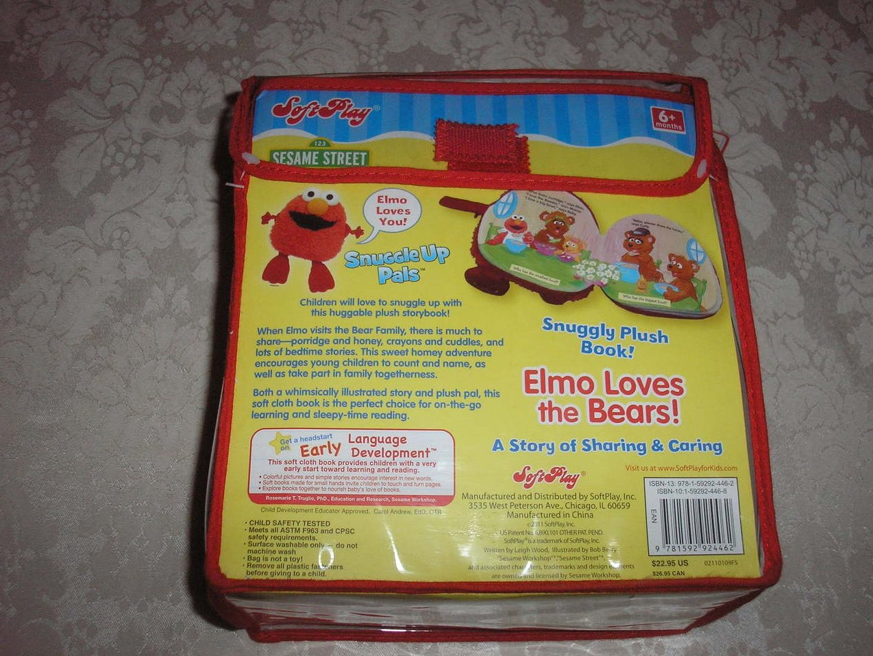 SoftPlay Elmo Loves the Bears! brand new and sealed plush cloth book