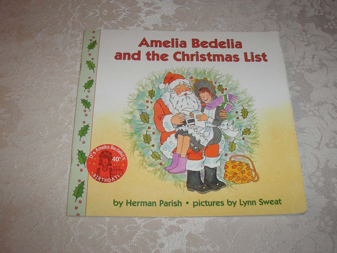 Amelia Bedelia and the Christmas List Herman Parish good used lift a flap sc