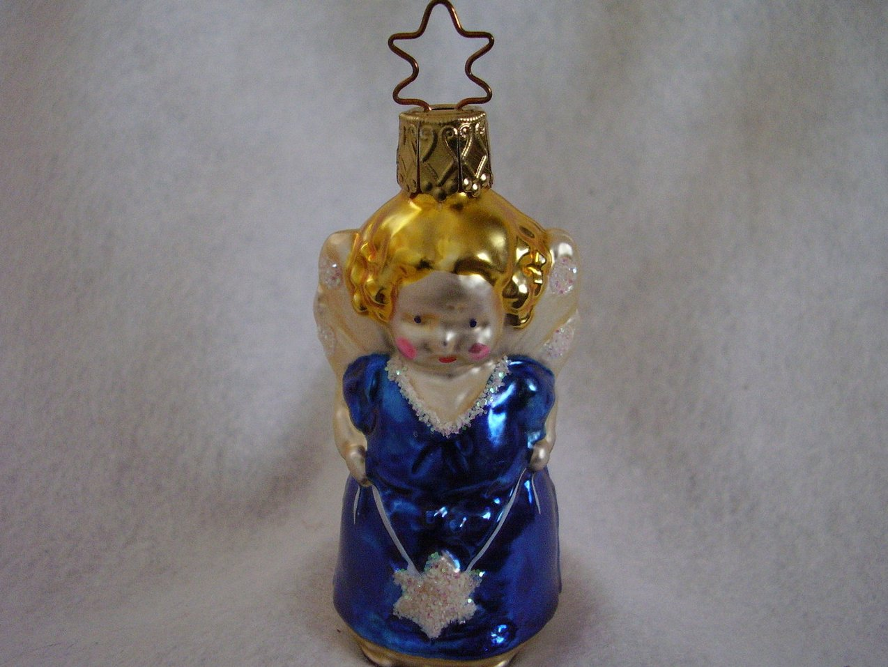 Inge Glas Angel Holding Star Christmas Ornament Retired