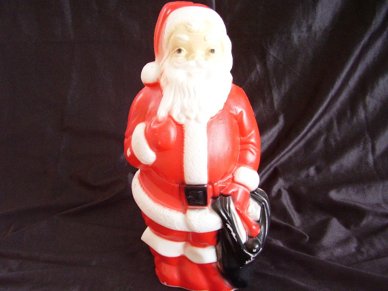 '.Vintage Plastic Lighted Santa .'