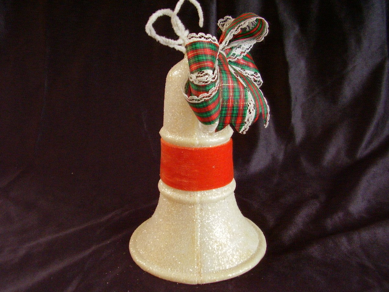 '.Vintage Mica Christmas Bell.'