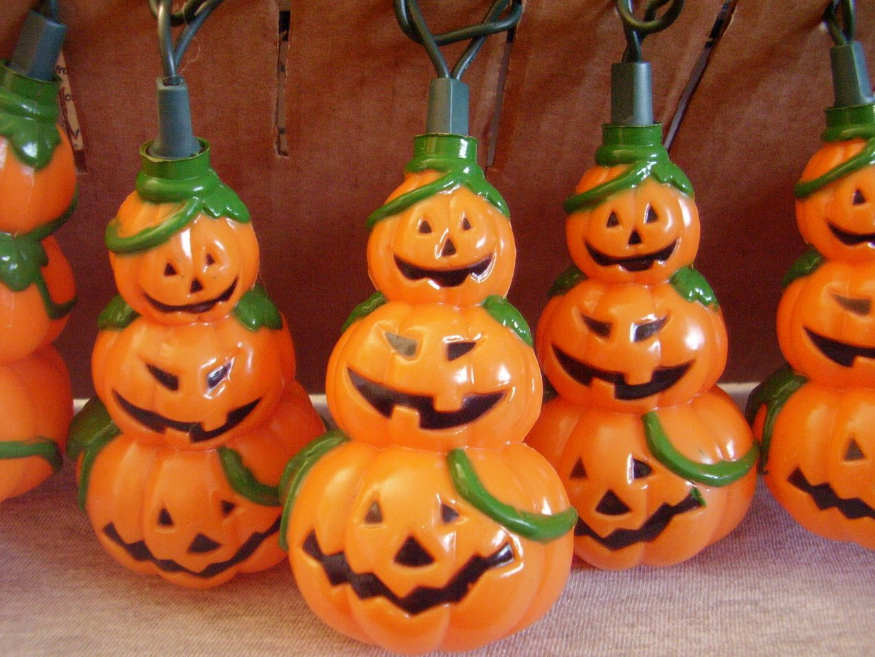 Halloween Stacked Pumpkin Mini Light String