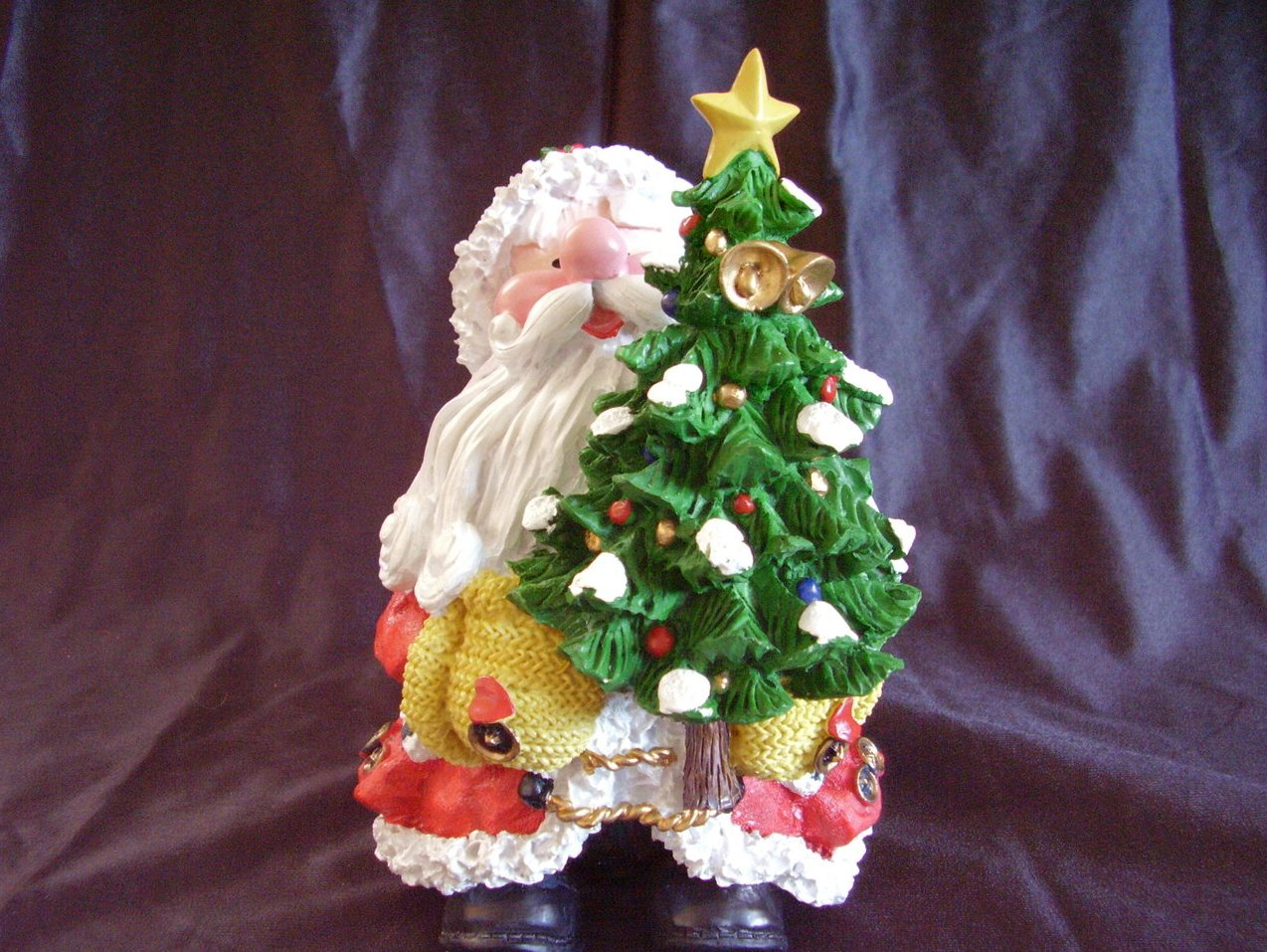 Collectible Resin Santa Statue