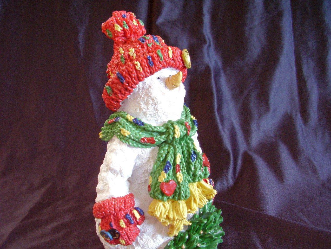 '.Christmas Resin Snowman Statue.'