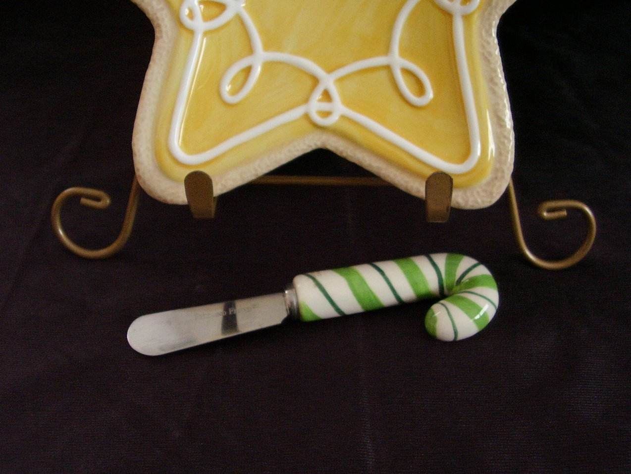 Fitz floyd yellow star cookie canape dish with spreader for Canape spreaders