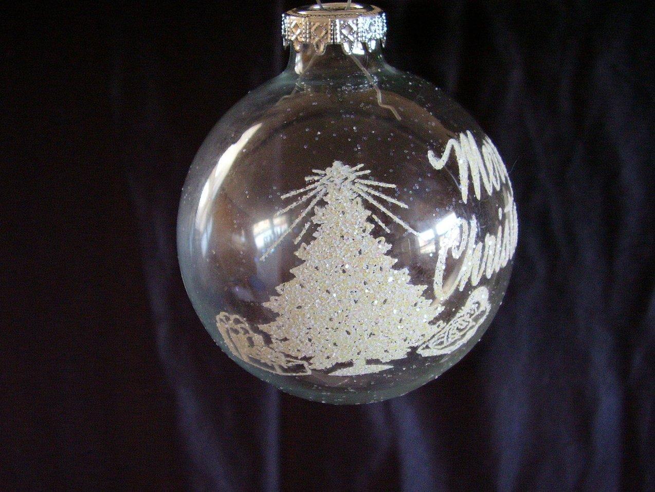 '.Bronner Christmas Ornament Hun.'