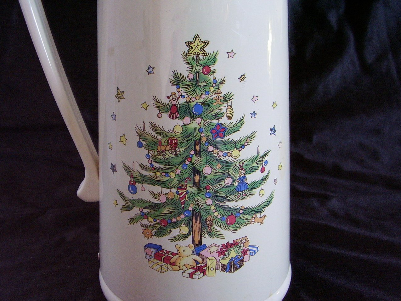 Image 2 of Nikko Ceramics Happy Holiday Thermal Insulated Carafe Christmas Tree
