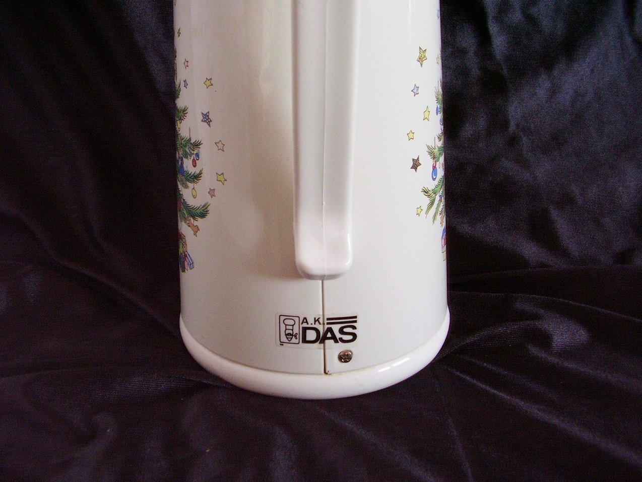 Image 4 of Nikko Ceramics Happy Holiday Thermal Insulated Carafe Christmas Tree