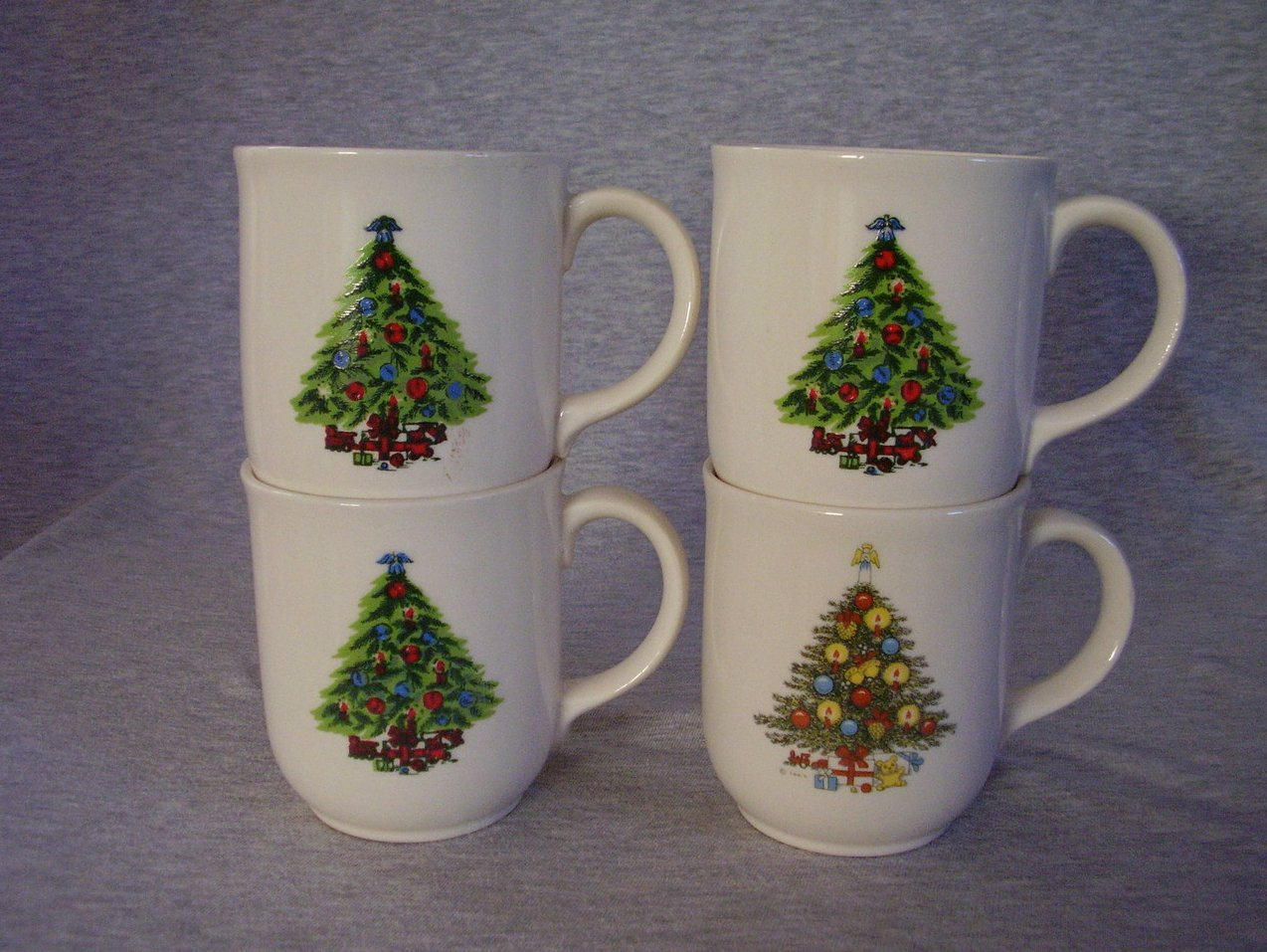'.Mt. Clemens Pottery Christmas .'