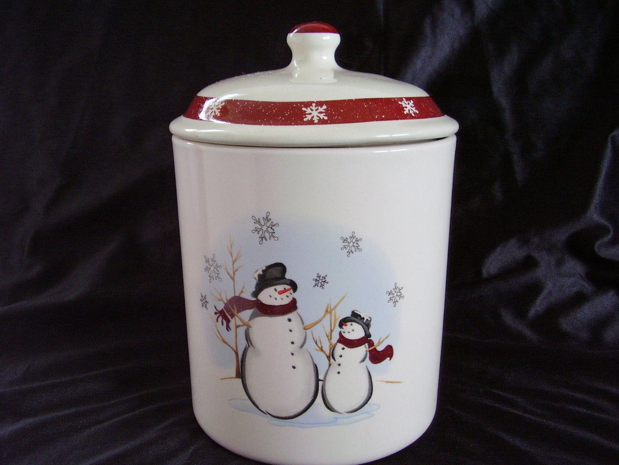 '.Royal Seasons Snowman Canister.'