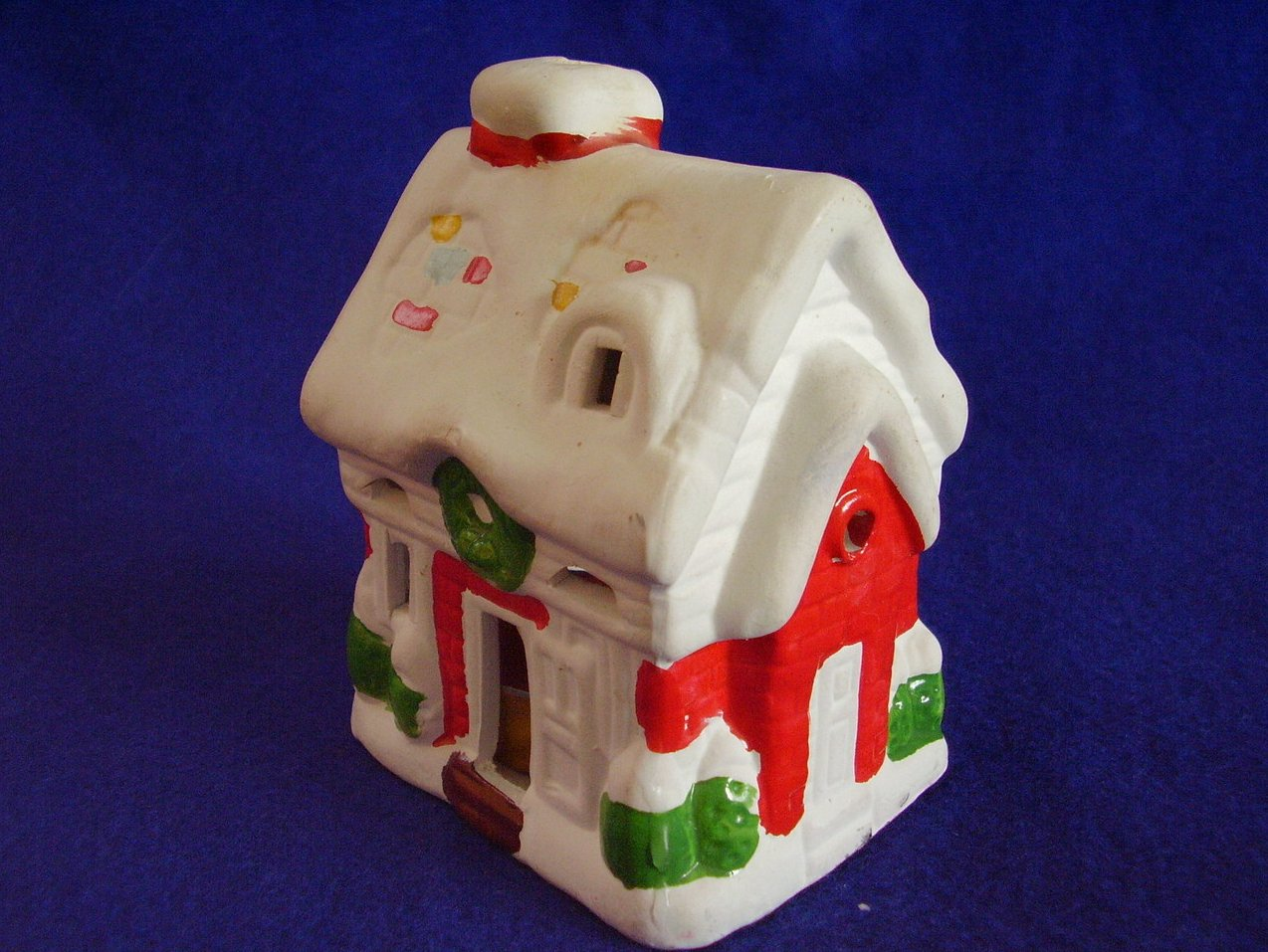 '.Christmas Ceramic Small House .'