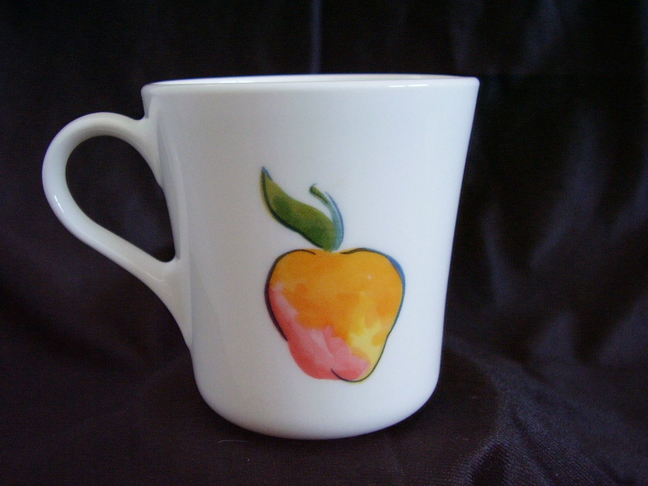 '.Corelle Fruit Too Coffee Cup.'