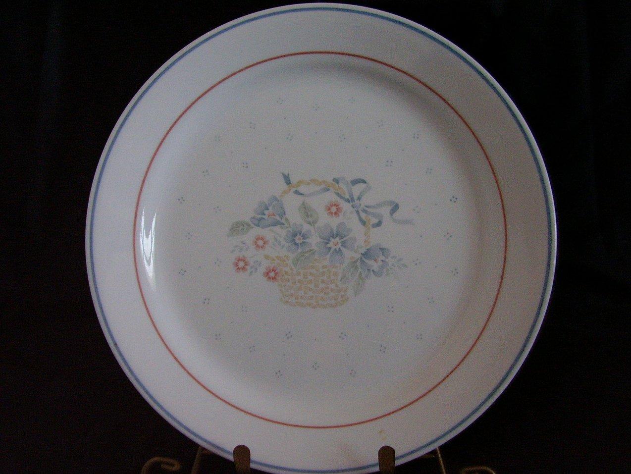 Corelle Country Cornflower Dinner Plate Basket Blue
