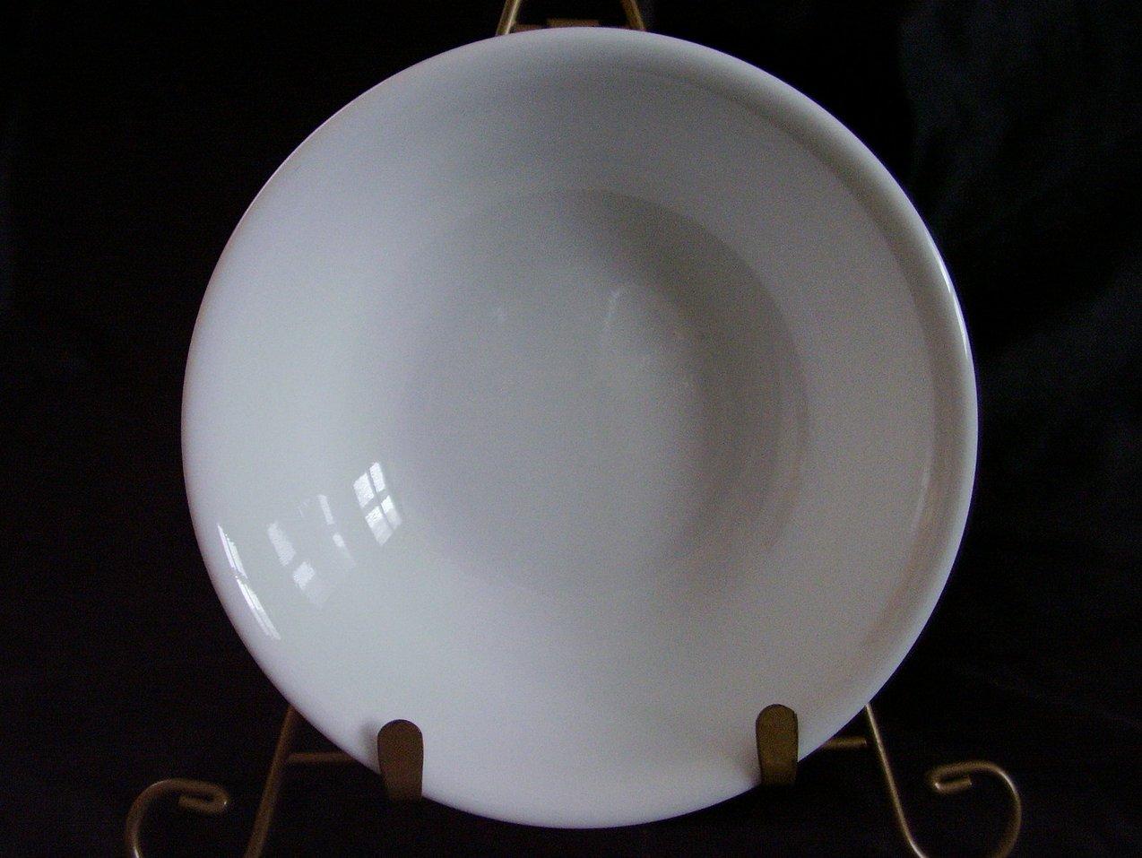 '.Corelle White berry bowl.'