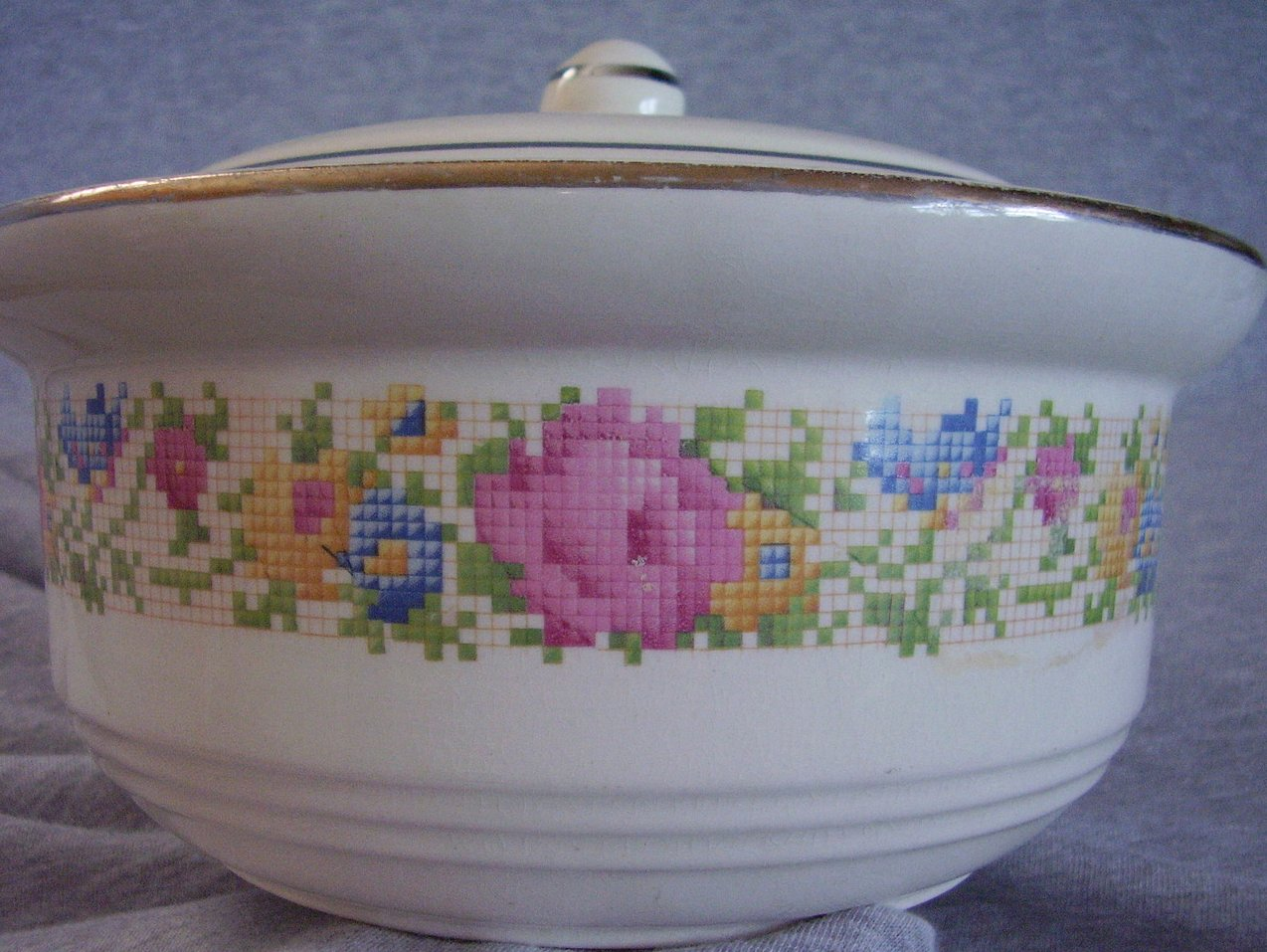 '.Harker Petit Point Casserole.'