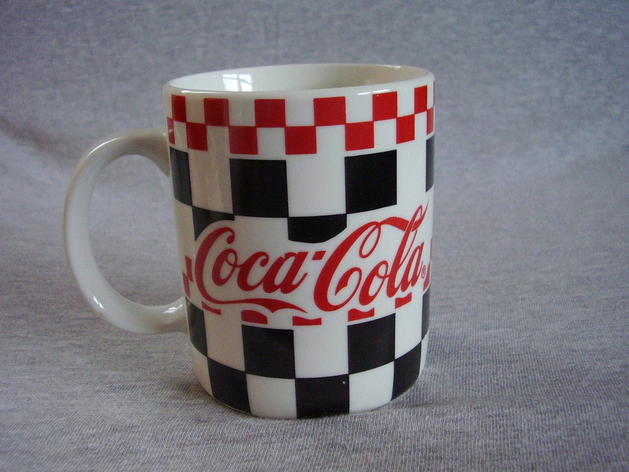 Gibson Coca Cola Dinnerware Mug Red Black Checker