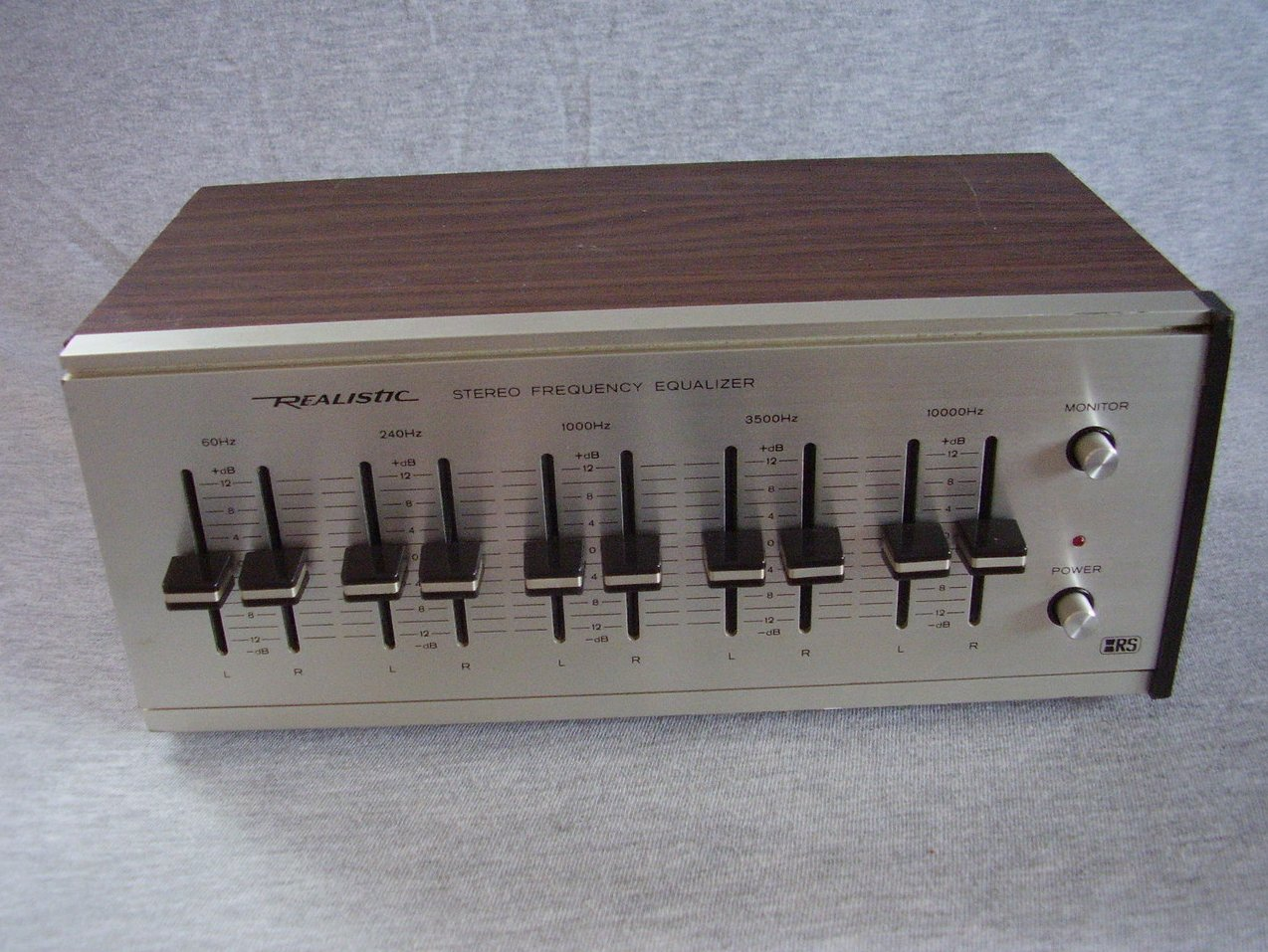 Realistic Stereo Equalizer 31-1987