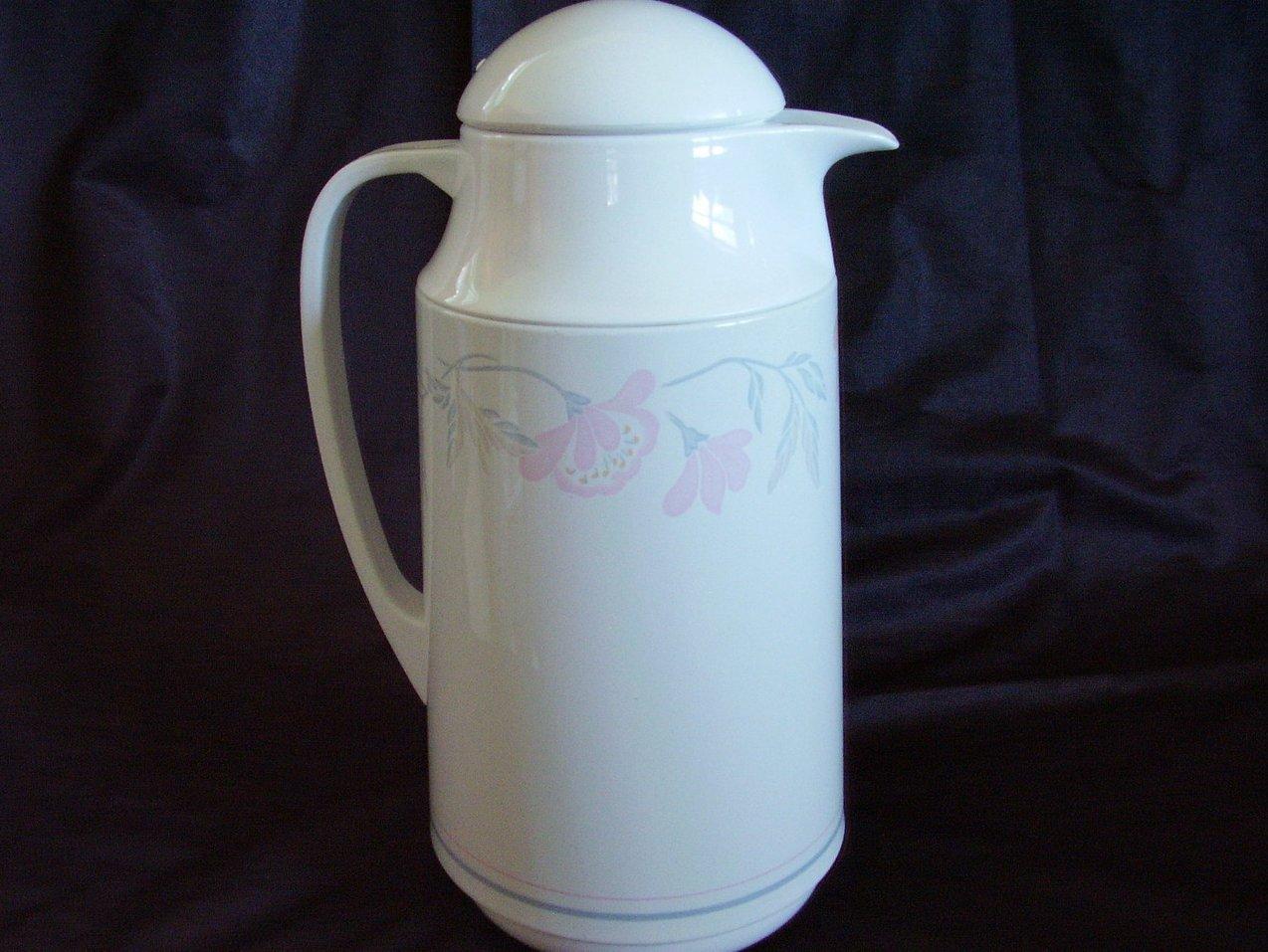Corningware Corelle Thermique Pink Trio Insulated Carafe