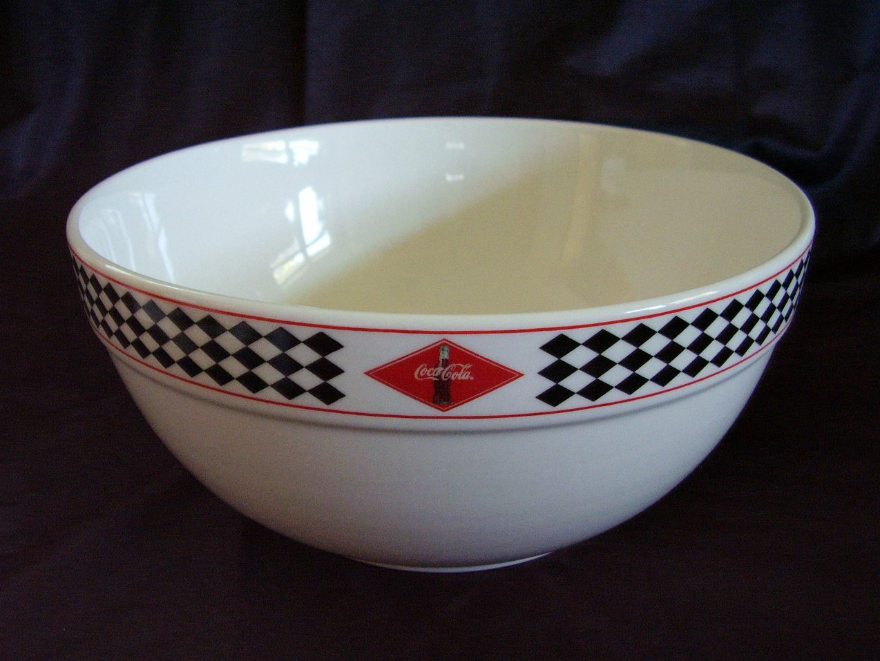 Gibson Coca Cola Mixing Bowl Red Black Diamonds Coke Bottle