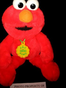 Sesame street Elmo Hasbro 1993 singing alphabet Elmo Doll with batteries rare