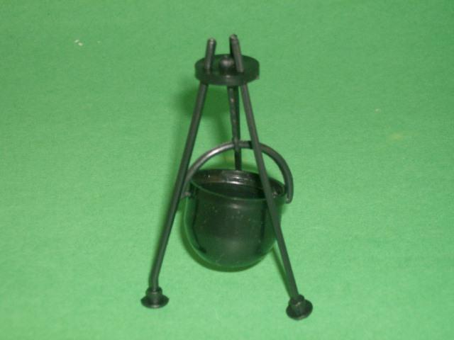 Set of 3 Black Plastic Cooking Cauldrons