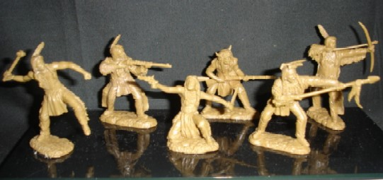 TSSD Western Plains Mounted Warriors Plastic Figures Set 16