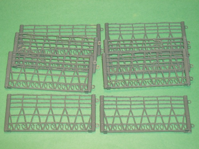 MPC recast 8 Section Tall Plastic Barded Wire Fence