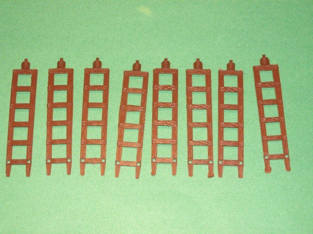 MPC Recast 8 Brown Plastic Seige Ladders