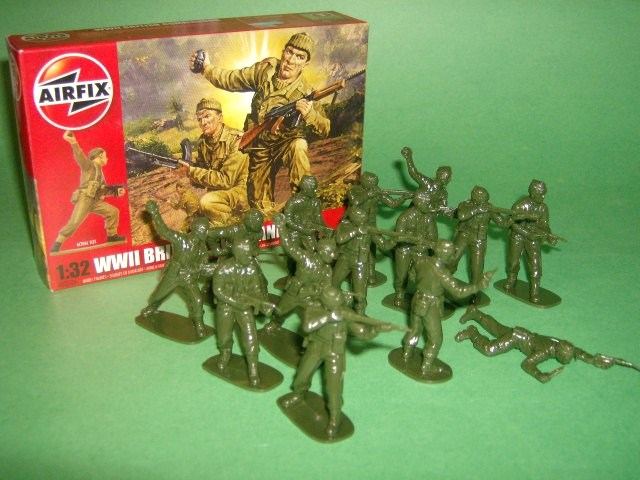 1/32nd Scale Airfix WWII British Commandos Plastic Soldiers Set