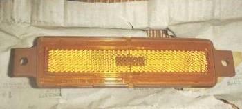 1985 NOS GM    9116111 Front Side Marker Lamp Group   2.575