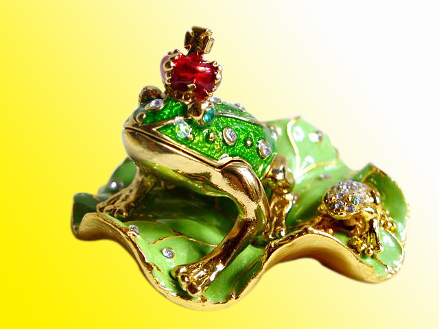 Jewelry box frog prince frogs froggy enameled new gift