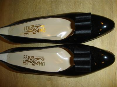 Ferragamo Black Patent Leather Shoes 10 AAAA Pumps